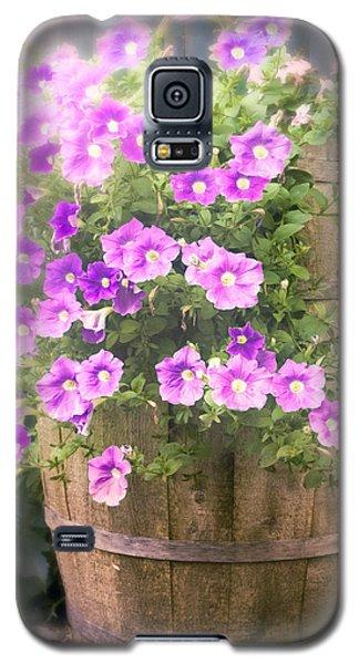 Barrel Of Flowers - Floral Arrangements Galaxy S5 Case