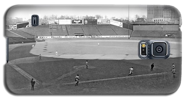Baseball At Yankee Stadium Galaxy S5 Case by Underwood Archives