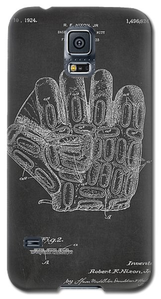Baseball Gloves Galaxy S5 Case - Baseball Glove Patent Drawing From 1923 by Aged Pixel