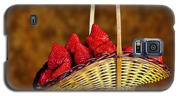 Galaxy S5 Case featuring the photograph Basket Full Of Strawberries by Shirley Mangini