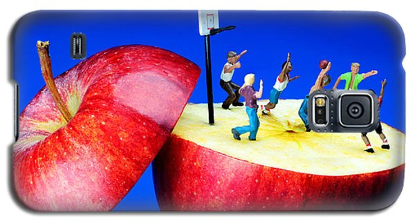 Basketball Games On The Apple Little People On Food Galaxy S5 Case