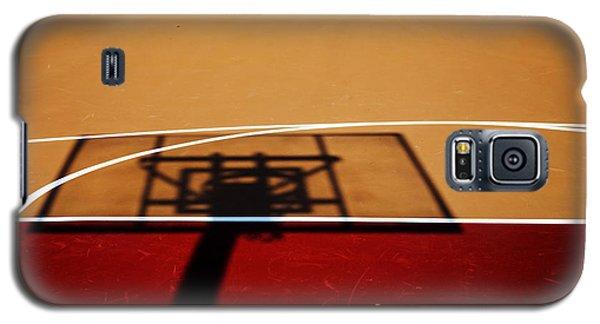 Basketball Shadows Galaxy S5 Case by Karol Livote