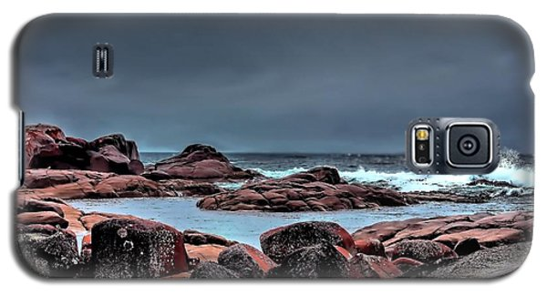 Galaxy S5 Case featuring the photograph Bay Of Fires 3 by Wallaroo Images