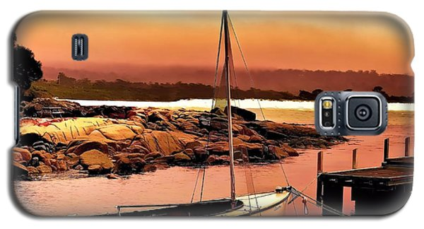 Galaxy S5 Case featuring the photograph Bay Of Fires 5 by Wallaroo Images