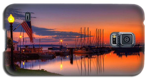 Bayfield Wisconsin Fire In The Sky Over The Harbor Galaxy S5 Case