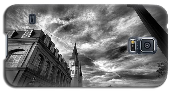 Galaxy S5 Case featuring the photograph Bayou Beauty by Robert McCubbin