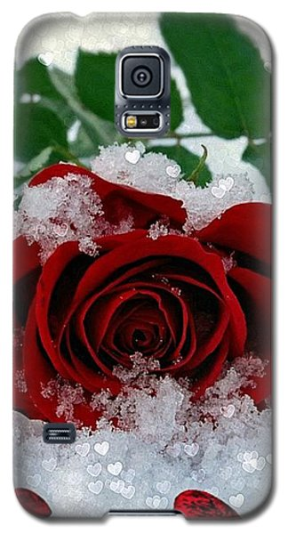Galaxy S5 Case featuring the mixed media Be Mine by Morag Bates