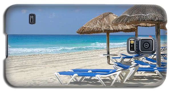 Beach Chairs In Cancun Galaxy S5 Case