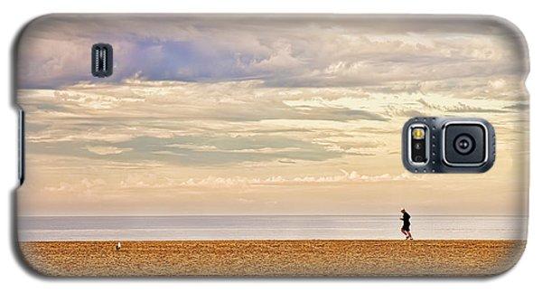 Beach Jogger Galaxy S5 Case by Chuck Staley