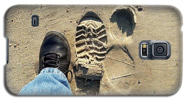 Beach Of Big Feet Galaxy S5 Case