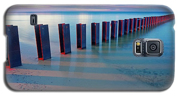 Beach Pylons At Sunset Galaxy S5 Case