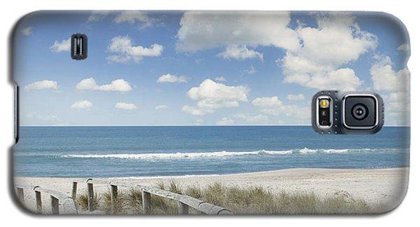 Beach Walk Galaxy S5 Case by Les Cunliffe