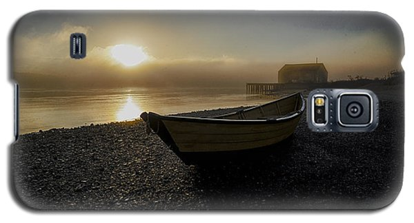 Galaxy S5 Case featuring the photograph Beached Dory In Lifting Fog  by Marty Saccone