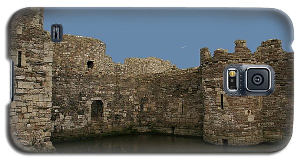 Galaxy S5 Case featuring the photograph Beamaris Castle by Christopher Rowlands
