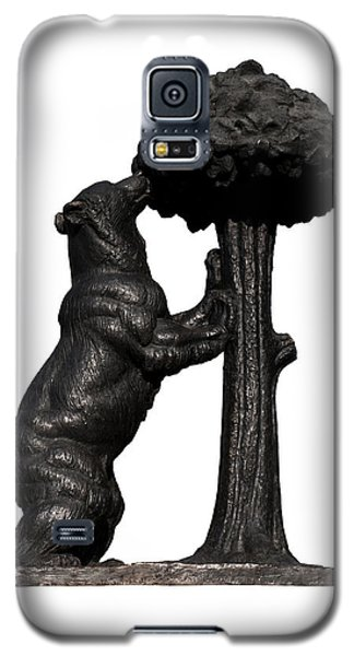 Galaxy S5 Case featuring the photograph Bear And The Madrono Tree by Fabrizio Troiani