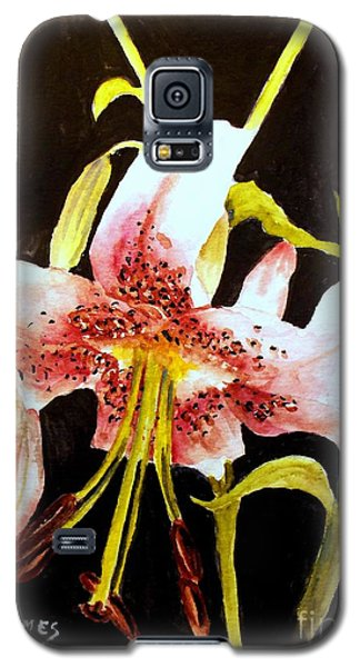 Beautiful Lily Galaxy S5 Case by Carol Grimes