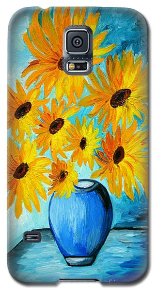 Beautiful Sunflowers In Blue Vase Galaxy S5 Case