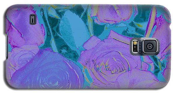 Galaxy S5 Case featuring the photograph Bed Of Roses II by Shirley Moravec