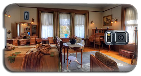 Bedroom Glensheen Mansion Duluth Galaxy S5 Case by Amanda Stadther