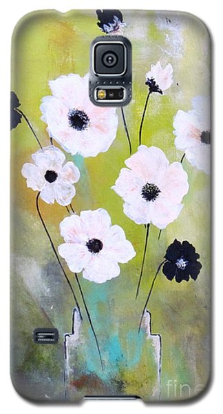 Beetle Flowers Galaxy S5 Case by France Laliberte