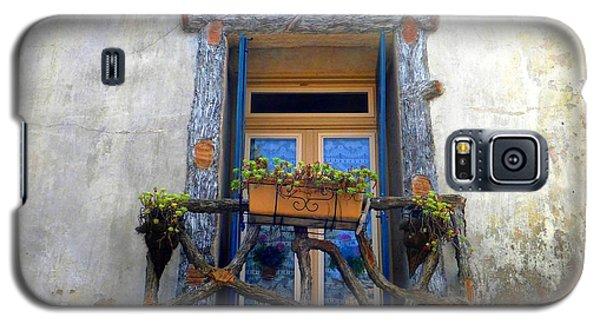 Behind The Window ... Galaxy S5 Case