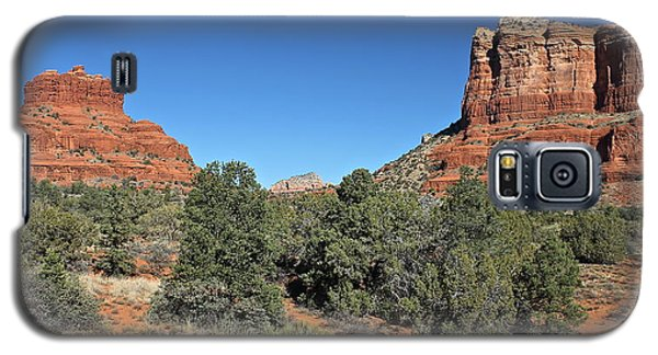 Galaxy S5 Case featuring the photograph Bell Rock And Courthouse Butte by Penny Meyers