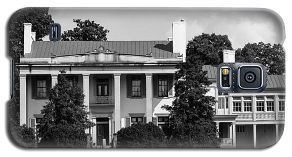 Galaxy S5 Case featuring the photograph Belle Meade Mansion by Robert Hebert