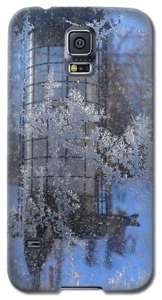 Galaxy S5 Case featuring the photograph Below Zero by R  Allen Swezey