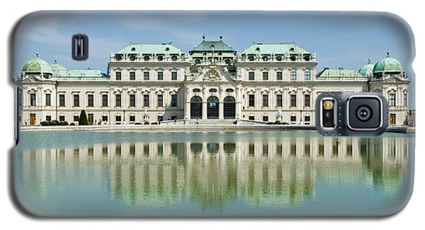 Galaxy S5 Case featuring the photograph Belvedere Palace by Jeremy Voisey