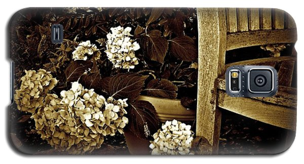 Bench With Hydrangeas Galaxy S5 Case