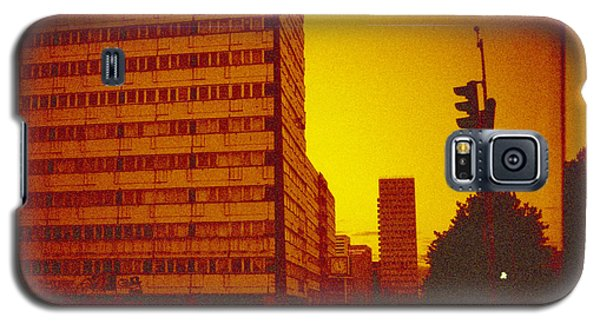 Berlin Galaxy S5 Case - Berlin Street Ddr by Juan  Bosco