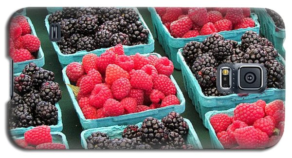 Galaxy S5 Case featuring the photograph Berries by Brenda Pressnall
