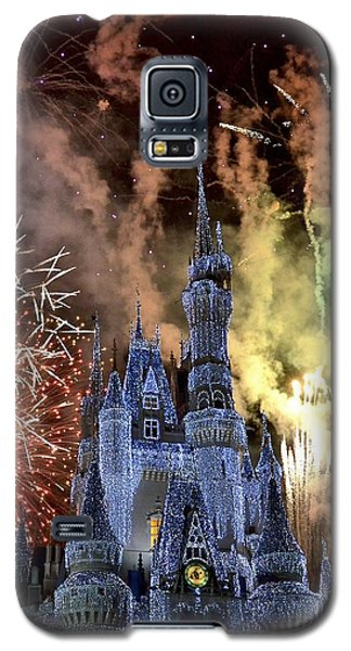 Christmas Wishes Galaxy S5 Case by Carol  Bradley