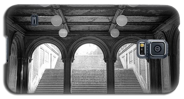 Galaxy S5 Case featuring the photograph Bethesda Passage Central Park by Dave Beckerman