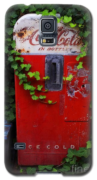 Austin Texas - Coca Cola Vending Machine - Luther Fine Art Galaxy S5 Case by Luther Fine Art