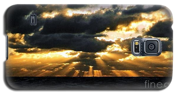 Crepuscular Biblical Rays At Dusk In The Gulf Of Mexico Galaxy S5 Case