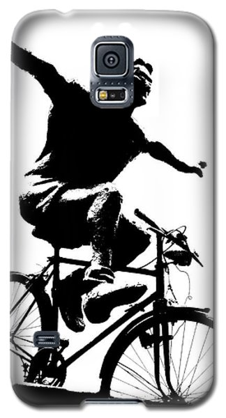 Bicycle - Black And White Pixels Galaxy S5 Case