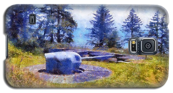 Galaxy S5 Case featuring the digital art Big Gun At Chinook Point by Kaylee Mason