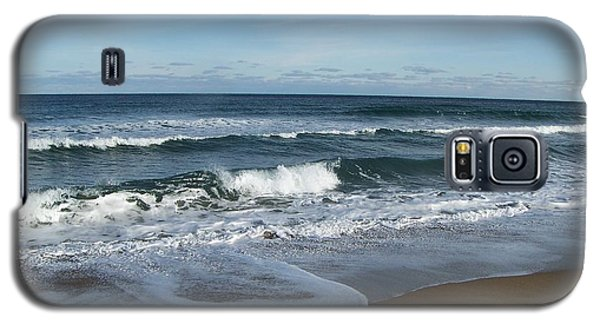 Galaxy S5 Case featuring the photograph Winter Beach  by Eunice Miller