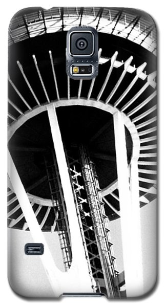 Black And White Abstract City Photography...space Needle Galaxy S5 Case by Amy Giacomelli