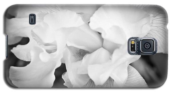 Black And White Hibiscus Galaxy S5 Case by Kara  Stewart