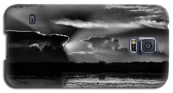 Black And White Sunset Over The Mead Wildlife Area Galaxy S5 Case