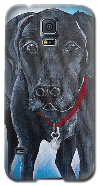 Galaxy S5 Case featuring the painting Black Lab by Leslie Manley