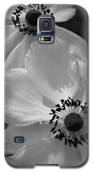 Galaxy S5 Case featuring the photograph Black On White by Cheryl Hoyle