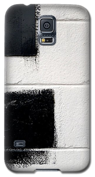 Galaxy S5 Case featuring the photograph Black On White by Robert Riordan