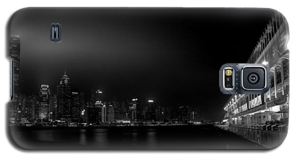 Galaxy S5 Case featuring the photograph Black Orient by Peter Thoeny