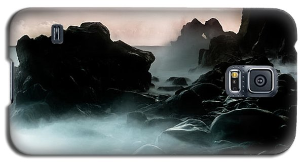 Galaxy S5 Case featuring the photograph Black Rock by Edgar Laureano