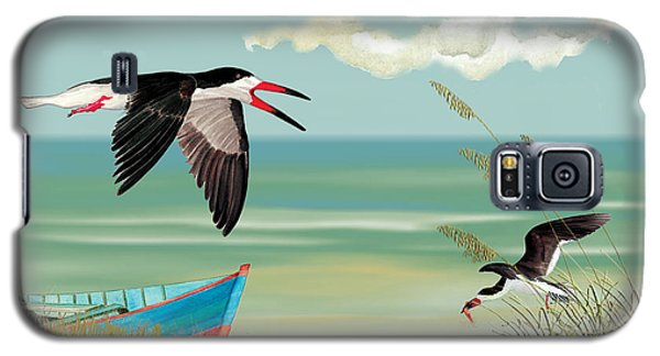 Galaxy S5 Case featuring the painting Black Skimmers Fishing by Anne Beverley-Stamps