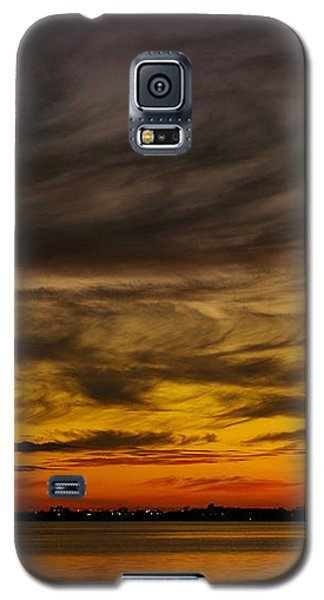 Galaxy S5 Case featuring the photograph Black Sunset by Tannis  Baldwin