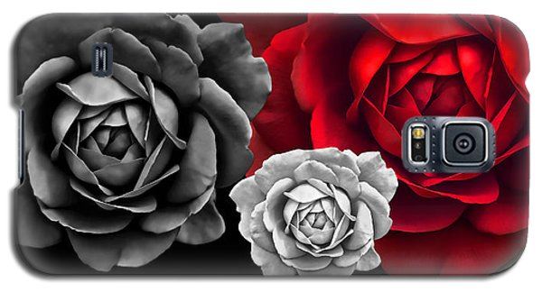 Black White Red Roses Abstract Galaxy S5 Case by Jennie Marie Schell